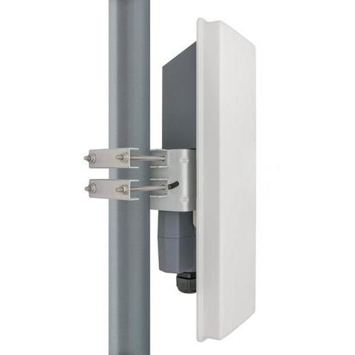 Pont Sans Fil Fluidmesh FM3200BASE - 300 Mbit/s - 4,90 GHz, 5,90 GHz Portée Max. 25,7 km - MIMO Technologie - 2 x Réseau (RJ-45) - Sur Mât